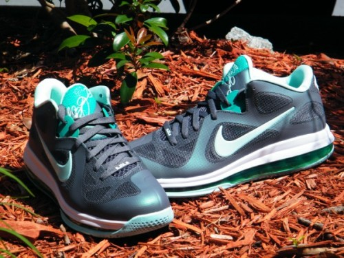 Nike LeBron 9 Low - Easter another look at the Easter LeBron 9 Low coming out next week.  nice Dark Grey/Cool Grey upper with pastel hits of Mint Candy/New Green.  good colour combination on these.  click here for more pics, and grab yours April 6th Related articles Nike LeBron 9 Low 'Easter' - Available Early (sneakerfiles.com)