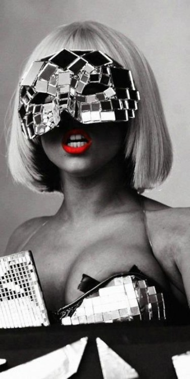 Red Lips Gaga