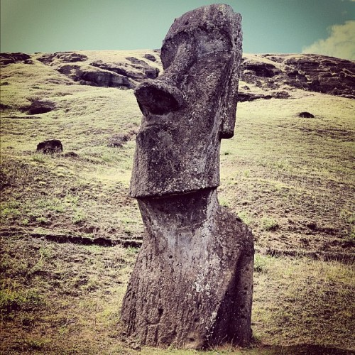 #moai #ranoraruku #easterisland #rapanui (Taken with instagram)