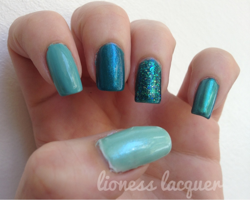 Turquoise Ombré  Thumb: OPI- Hey there Sailor!  Index: Finger Paints- Tiffany Imposter Middle: Austin-Tacious Turquoise Index: Sinful Colors- Nail Junky (LOVE THIS POLISH!) Pinky: Sally Hansen- HD Color I can't remember :\  I'm posting from the car, so I'm not 100% sure if I got the polish names right. Also I won't be around much because I'm roadtrippin' to NYC for the weekend!! 🗽🌆 🍸🍻🎉💅