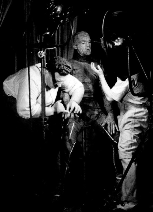 Boris Karloff undergoing his transformation for The Mummy (1932, dir. Karl Freund) (via)