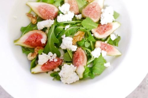 FIG SALADFresh figs, arugula, feta cheese & walnuts (no dressing needed, since there's plenty of salt/oils from cheese/walnuts). Noted on the dressing! If you have recommendations please post them =] I am not so good with dressings. Thanks!
