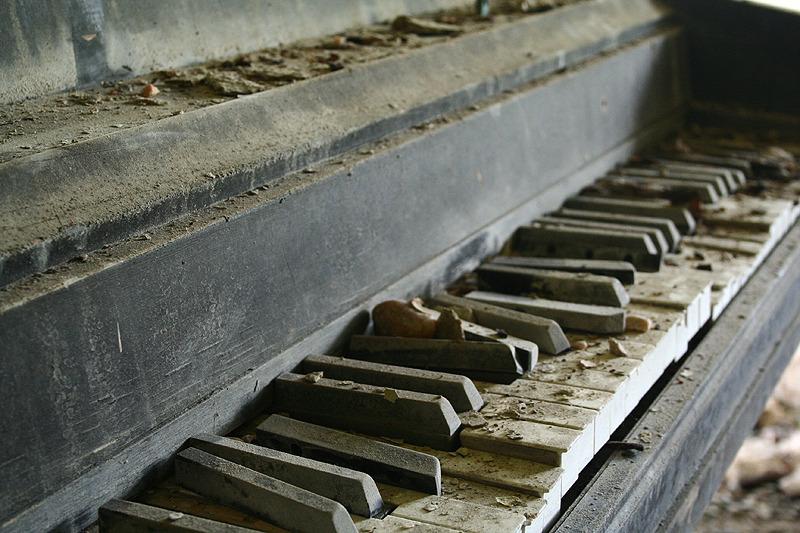 Piano by ~lateralus2112