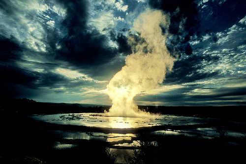 llbwwb:  Great Fountain Geyser, Yellowstone (by DM Weber)