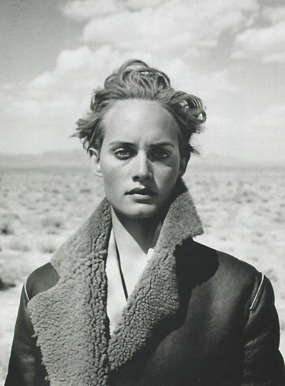 amber valletta by peter lindbergh for harper's bazaar, january 1995