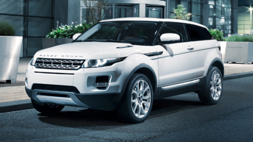 Range Rover - EvoqueWhy the hell have I not seen any photos of this car on Tumblr? I can't be the only one who likes it…