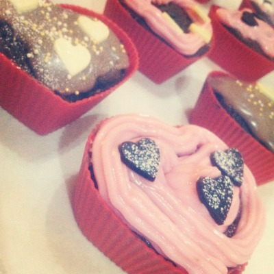 #31 Make delicious cupcakes to someone you love