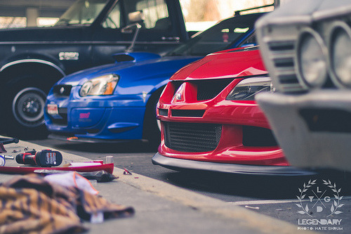 treesheah:  smoketrail:  Red vs. Blue | Legendary (by nateshrum)  Oh, look. It's my wallpaper. I will always love this shot.
