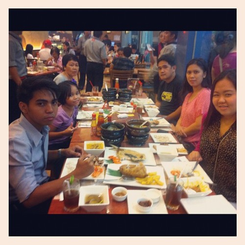 Dinner! ❤ (Taken with Instagram at Max's Mall of Asia)