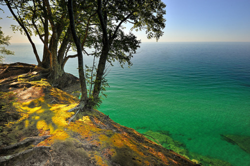 "deathtosadness:  ""Lake Superior"" - Pictured Rocks National Lakeshore by Michigan Nut on Flickr."