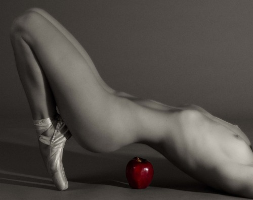 Apple Dancer