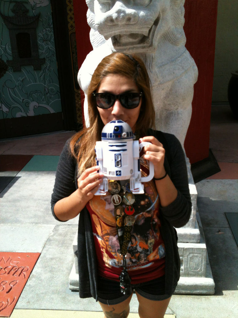 ladyvader:  New shirt and r2d2 mug!!!!  A lovely shirt from the always fabulous Her Universe. A brand for geek girls by Ashley Eckstein, the voice of The Clone Wars' Ahsoka Tano.