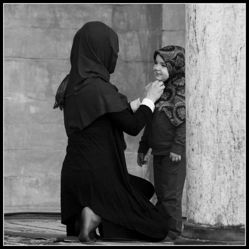 "islamicquotes11:  A Woman once asked her mother:  ""Mother, how will I ever find the right Man ? "" Her mother replied : "" Forget finding the 'right' Man,  focus on being the right Woman.""  And we read in the Qur'an: ""Good women are for good men and good men are for good women."" (Quran Surah 24. An-Nur, Ayah 26) :)"