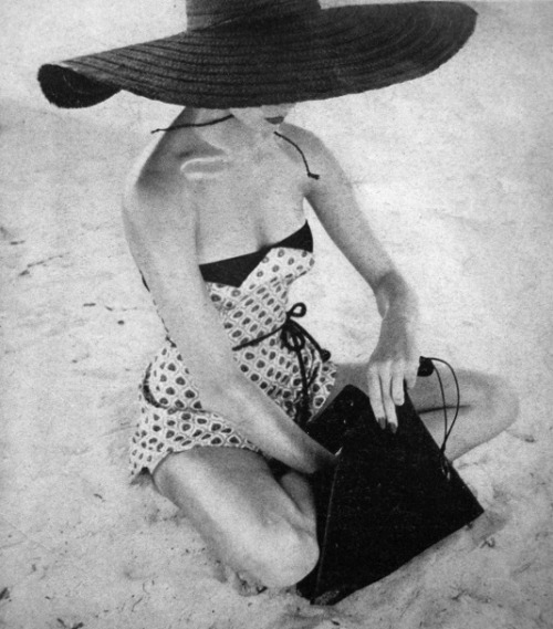 theniftyfifties:  Swimwear for Vogue US, 1951.