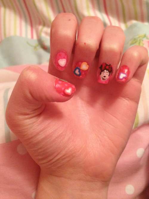 Minnie mouse nails 🐭