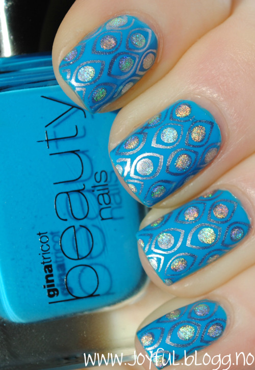 Gina tricot - Azure blue Bundle monster plate bm212China glaze - Devotion (silver)Make up store - Greta (dots)