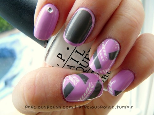 fuckyeahnailart:  (via precious polish: Pink & Grey Mix)