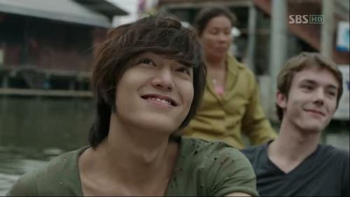 leeminhoislove:  Poo chai's smile:)  FOLLOW FOR MORE LEE MIN HO♥