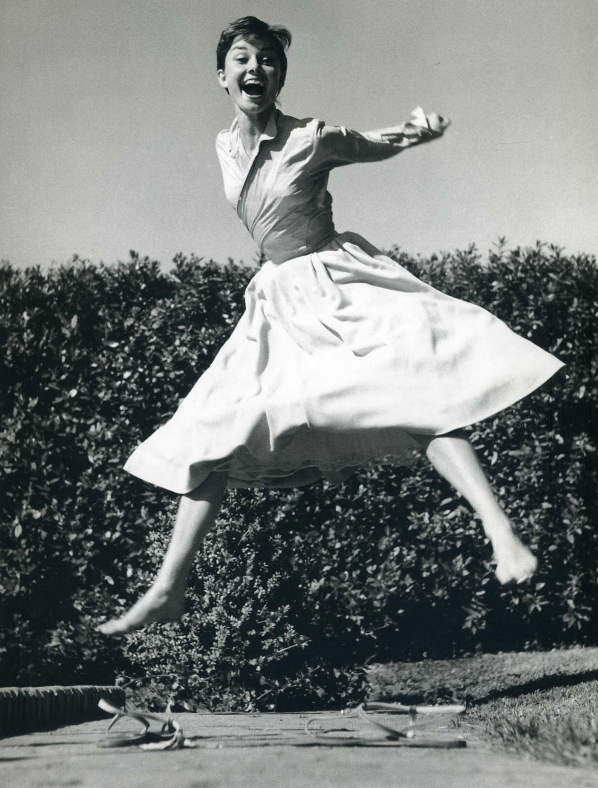 firsttimeuser:  Audrey Hepburn by Philippe Halsman