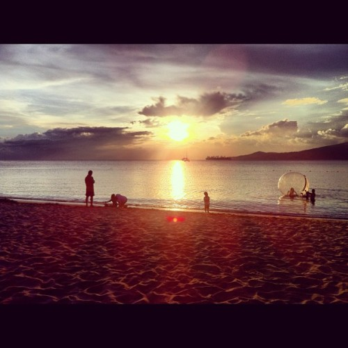 I love the beach :} (Taken with Instagram at Anvaya Cove Beach and Nature Club)