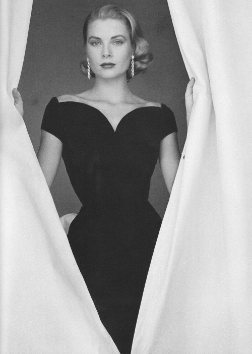 Grace Kelly, por Howell Conant; 1955.