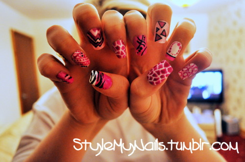 stylemynails:  nicki minaj inspired, pink nails