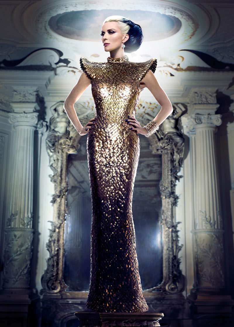 pretaportre:  Mad for Fashion – Heiress and style maven Daphne Guinness stars in the March issue of Tatler Hong Kong wearing opulent gowns. In front of Markus + Indrani's lens, Daphne dons pieces from the likes of Chanel Haute Couture, Azzedine Alaia and Genghis Khan in the dramatic shoot styled by GK Reid. Hair stylist Paulo Ferreira works on her signature two-toned coif and makeup artist Topolino provides a smokey eye. (via fashionmanisfesto) i just love the way it looks !