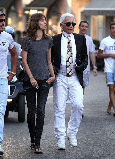 bla-ze:  urbaneverywhere:  berthillon:  freja and karl  i could stare at her for days  my postt :)