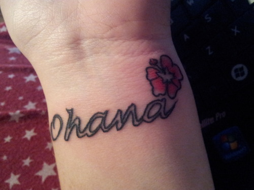 effyeahdisneytattoos:  ohana means family. family means noone gets left behind or forgotten :)