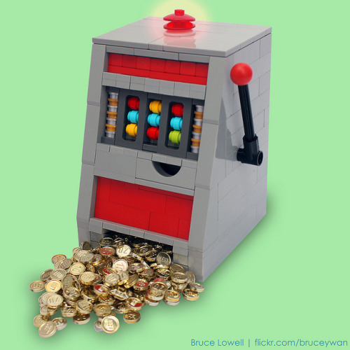 LEGO Slot Machine by bruceywan on Flickr.