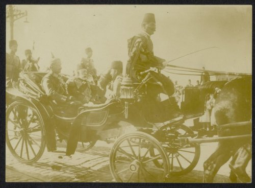 A cart full prominent Turkish fuckers during the First World War