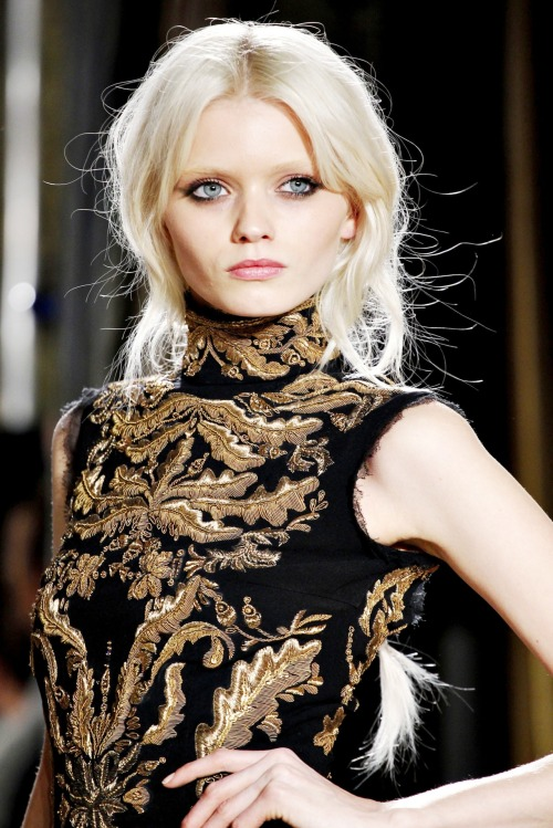 fawun:  Abbey Lee Kershaw | Emilio Pucci - Fall 2011