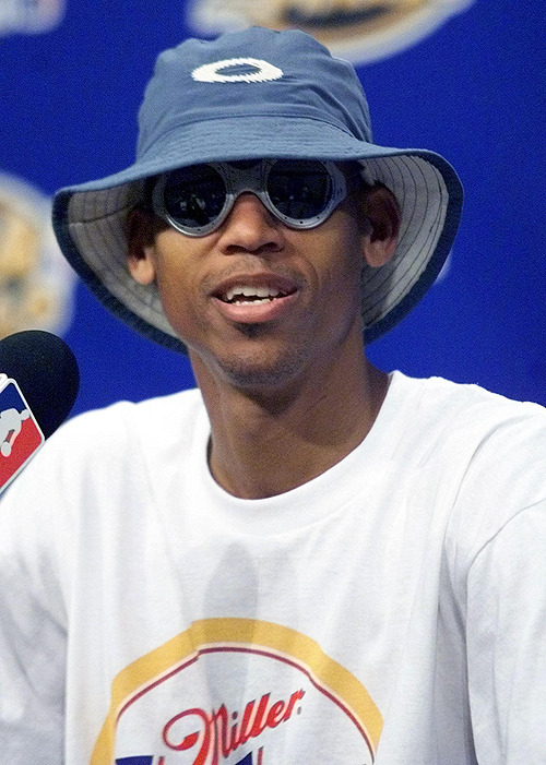 Former Indiana Pacers sharpshooter Reggie Miller was a clutch … stylist? Not so much.