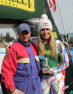 vonntourage:  Lindsey Vonn poses with DC Robbins after Vonn was awarded the NASJA Paul Robbins Athlete of the Year Award, named after his father.