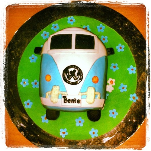 #coolest #cake #ever!! #volswagen (Taken with instagram)