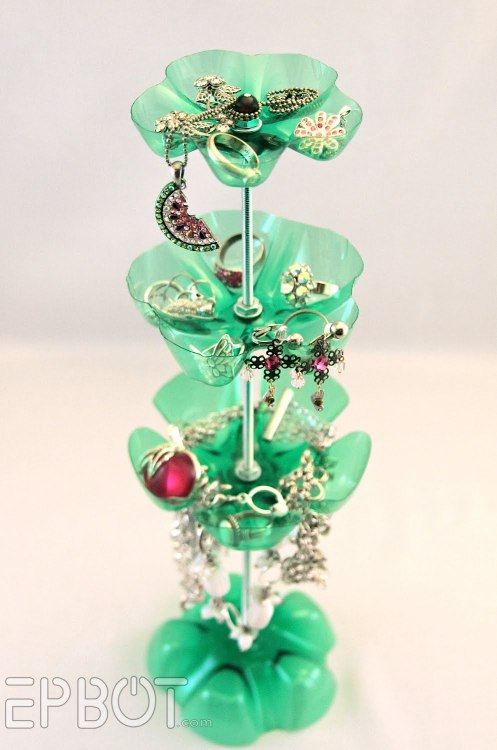 tutorial: Dew it yourself soda bottle jewelry stand via Epbot