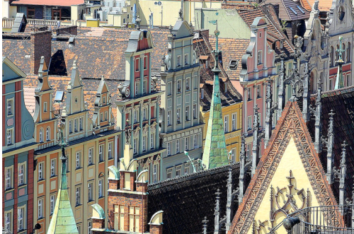 polandforeveryone:  Wroclaw, Poland Very interesting perspective.