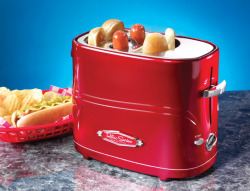 I was not aware that these existed….but I want one for my veggie dogs! And those ruffle chips in the background look sooo good right now Buy it here - $19