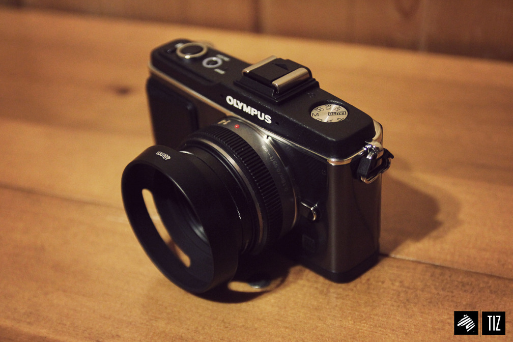theimaginaryzebra:  First look and unbox of my new baby - Olympus EP2 [Blog post here] -THEIMAGINARYZEBRA