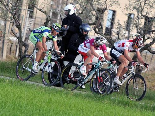 2008 Tirreno-Adriatico, Stage 4: Pippo pursued Enrico Gasparotto and Fabian Cancellara on his way to third place on the stage. (Credit: Roberto Bettini via Cyclingnews.com)