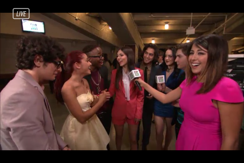 Victorious cast backstage