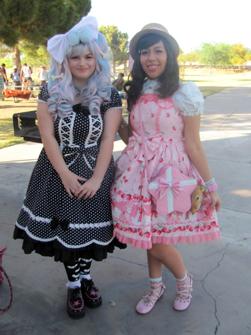 A picture of Cherise(cherishamoment) and I at the meet up today^^