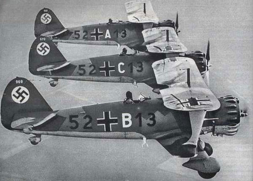 Flight of Luftwaffe Henschel HS.123 (pre-WW2)