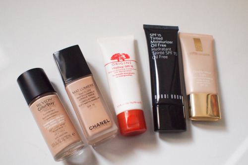 makeup-foryou:  The best liquid foundations/tinted moisturizers I've ever used: Revlon Colorstay for Oily/Combination Skin Chanel Mat Lumiere Origins Vita Zing Bobbi Brown Oil Free SPF 15 Tinted Moisturizer Estee Lauder Double Wear Light And the ones I recommend the most for oily skin types!