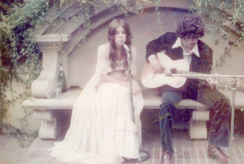 rookiemag:  songs-are-like-tattoos:  Stevie Nicks and Lindsey Buckingham, pre-Fleetwood Mac  that dress -jamie  Obsessed.
