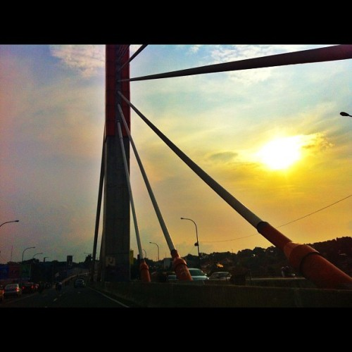 Be a good boy #sun #sunshine #sky #skies #clouds #cloudporn #bridge#bandung #all_shots #gfdaily #jj_forum #igers #gang_family #statigram #instagood #instamood #iphoneography #iphonesia #editjunky #enzaputra #instagramhub #webstagram  (Taken with instagram)
