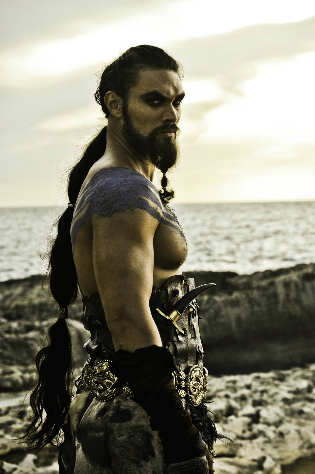Jason Momoa as Khal Drogo in Game of Thrones, season 1 Drogo is the Scarecrow of the Game of Thrones because I think I'll miss him most of all. Fierce warrior man!