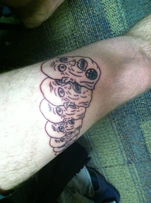 sabertoothfuckingzombie:  mrmoberst:  Got my tattoo today. Right on my thigh.  <3