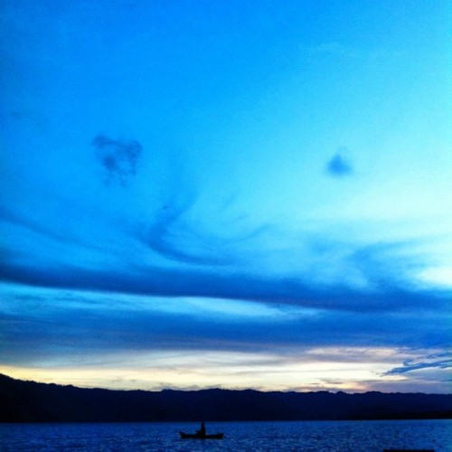 sailing home. #journeytonowhere #truyan (Taken with instagram)
