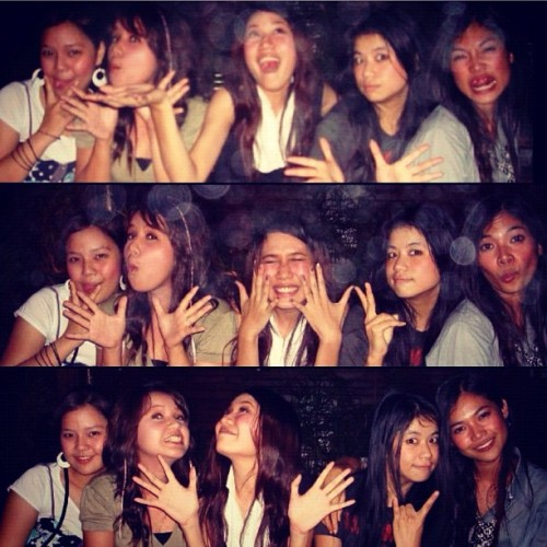 Party 2008 with best friends. @nanstagram @bunnymanita #khaosan#bangkok#thailand#friends#best#party#2008#drink#drunk#crazy (Taken with instagram)